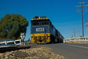 870237_coal_freight_train.jpg