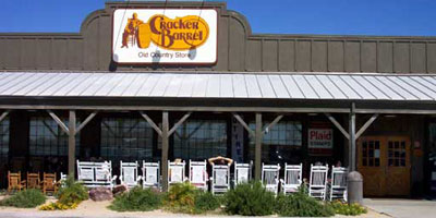 cracker_barrel_outside.jpg