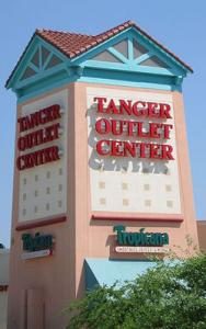 Tanger-Outlet1.jpg
