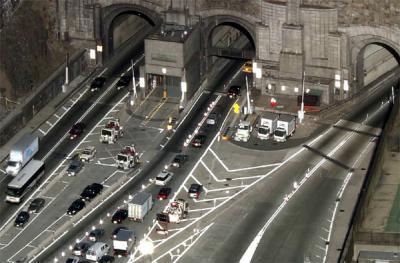 tunnels-ajasaro.jpg