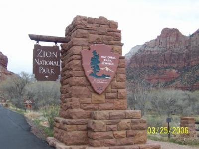 Zion Entrance.jpg
